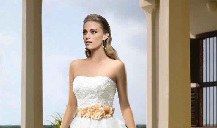 48ee2a95 Escotes de vestidos de novia: 10+ estilo para lucir tu figura
