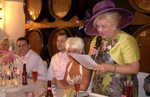 Discursos divertidos de los testigos para bodas civiles